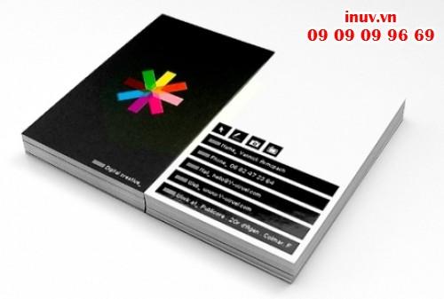 Phun UV định hình trên name card